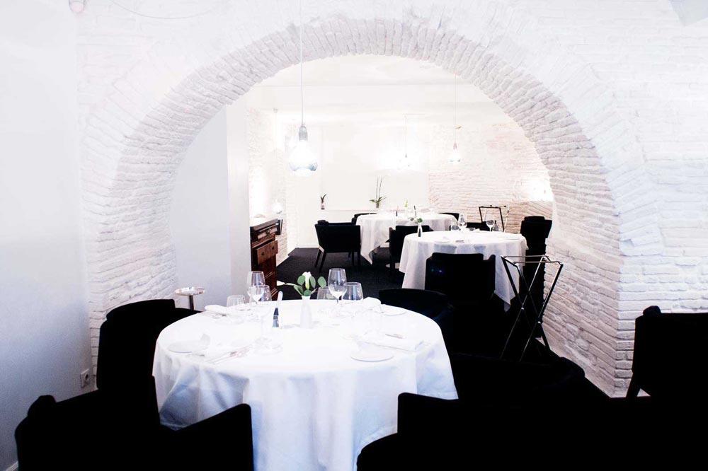 py r restaurant gastronomique toulouse. Black Bedroom Furniture Sets. Home Design Ideas